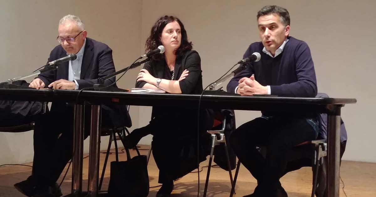 """Presentazione del libro """"L'Europa Incompiuta"""" con Deborah Giovanati"""