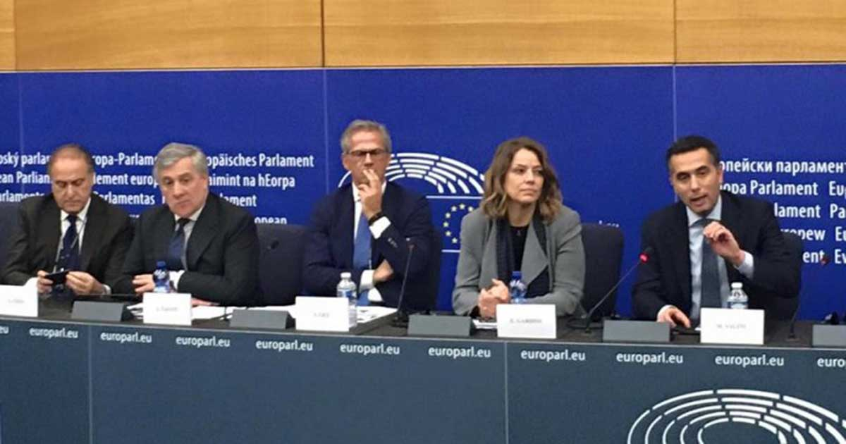 Conferenza stampa presso il Parlamento europeo per dire no a riconoscimento dello status di economia di mercato alla Cina