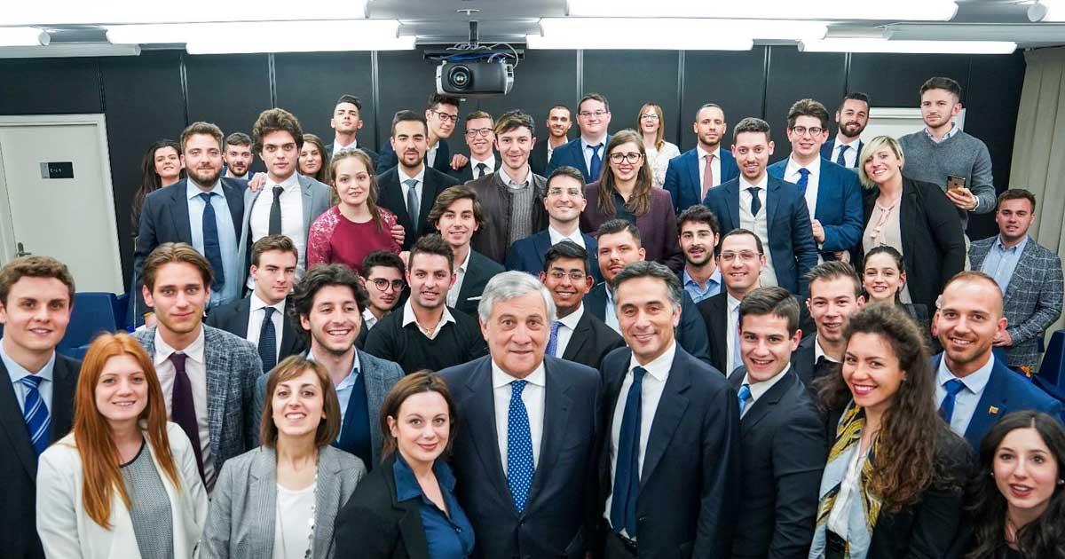 Incontro con cinquanta ragazzi di Forza Italia Giovani provenienti da tutta la Lombardia
